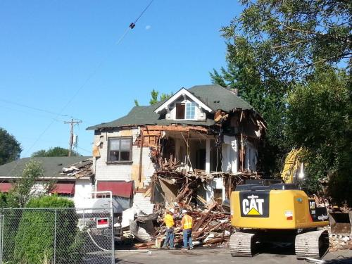 The demolition of the former Jarra's Restaurant on SE Hawthorne.